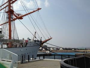 Toyama_bridge_140312_3